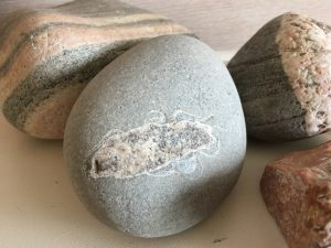 14 ways to use stones in counselling and therapy sessions